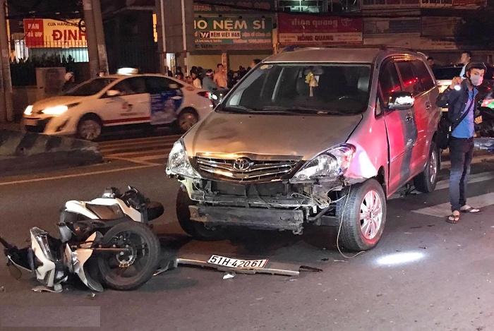 Chiêm bao thấy mình đi ô tô đâm xe máy