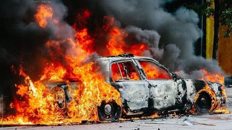 Giấc mơ thấy xe hơi bị cháy có ý nghĩa gì?